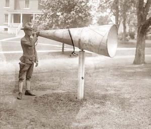 buglemegaphoneforttottenm1912holste